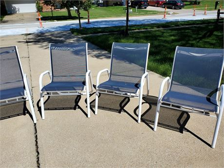 4 Metal Patio Chairs