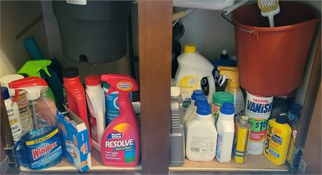 Kitchen Cupboard Clean Out #2