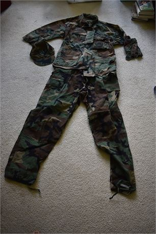US Navy Seabees Uniform