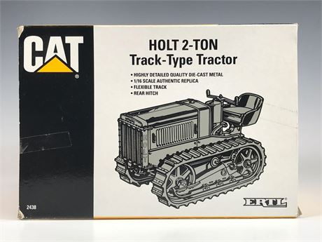 ERTL Die Cast CAT 1924 Holt 2 Ton Track-Type Tractor 1/16th Scale NIB