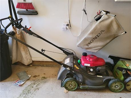 Honda Lawn Mower w/ Bag