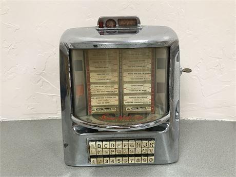 Seeburg 1940's Wall-O-Matic Juke Box with Key