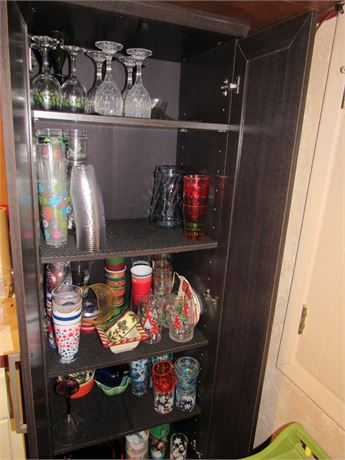 Cupboard Clean Out - Glass & Plastic Partyware