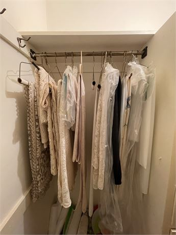Closet Rod Clean Out Lot - Featuring Fine Table Linens