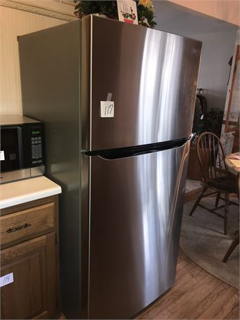 LG Stainless Steel Refrigerator/Freezer Like NEW - Impeccably Clean