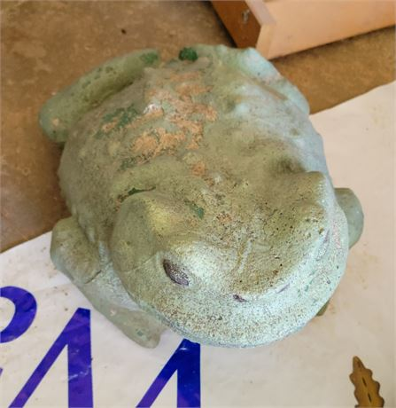 Concrete Garden Frog
