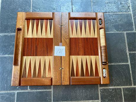 David Levy Hardwood Folding Backgammon Set with Hardwood Playing Pieces
