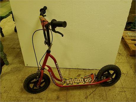 Vintage Trendz NO LIMITS Scooter w/ Mag Wheels