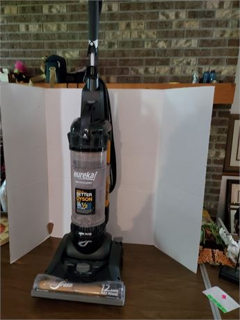 Eureka Multicyclonic Vacuum