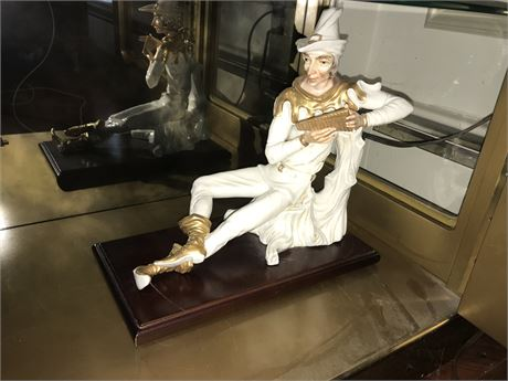 Large Porcelain Pied Piper Figurine - Needs Secured to Base