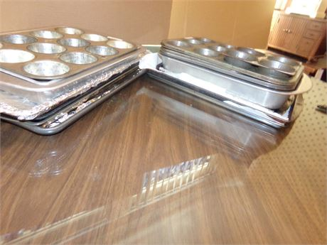 Large Variety of Baking Pans- Cupcake and Cookie Sheets
