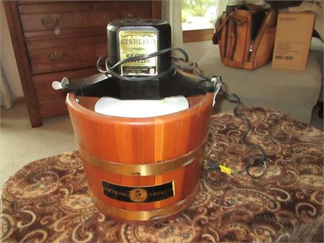 Excellent Sterling Electric Ice Cream Freezer Complete
