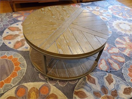 Heavy Duty Round Table on Casters