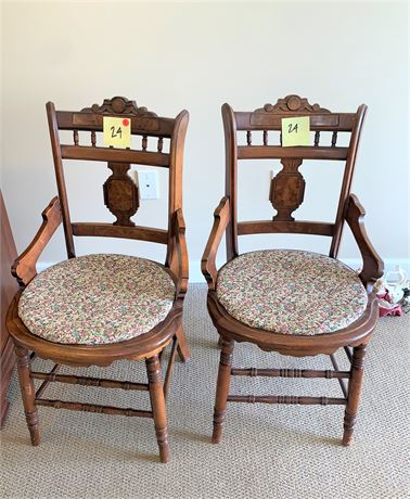 Pair of Vintage/Antique Easlake Style Wood Side Chairs