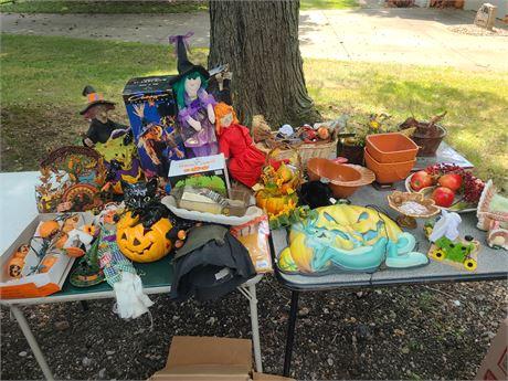 Mixed Halloween & Thanksgiving Decoration Lot