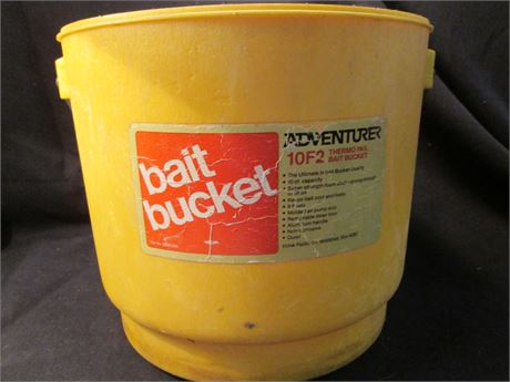 Adventurer Thermo 10F Insulated 10qt Bait Bucket Pail