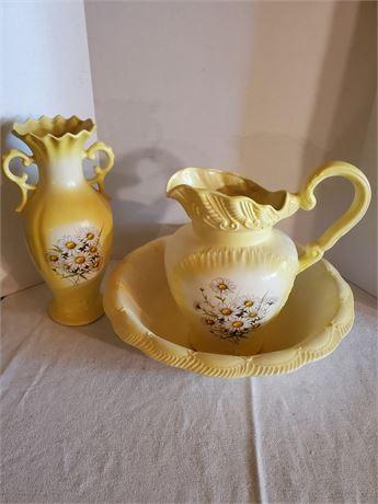 Vintage 3 Pc Ceramic Set