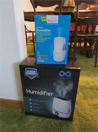 2 Humidifiers