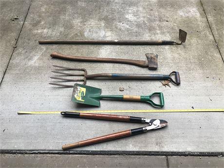 Garden Tool Lot