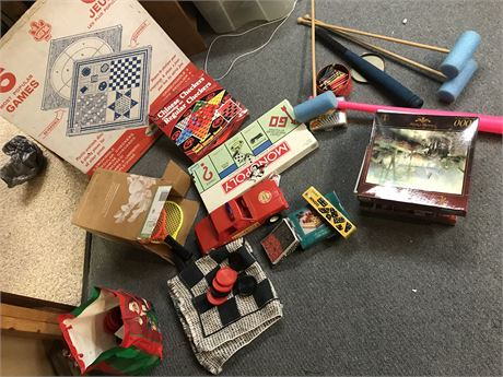 Games and Puzzle Lot