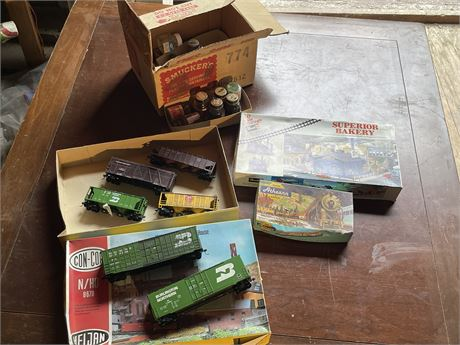 Model Train Cars, Parts and Paints