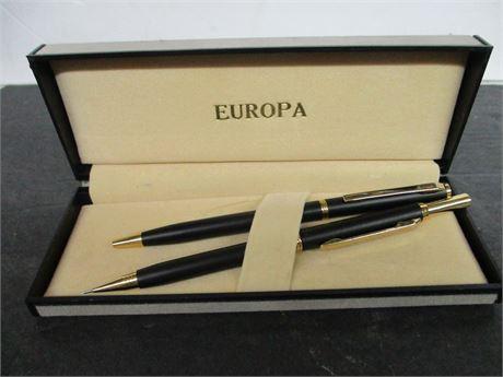 Vintage Like New EUROPA Pen & Pencil Set Like New