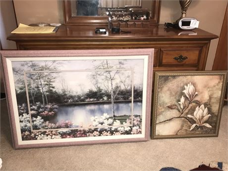 Wall Decor Lot - 2 pieces
