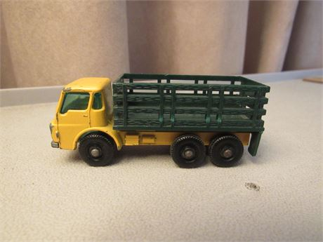 MATCHBOX LESNEY No.4 Dodge Stake Truck