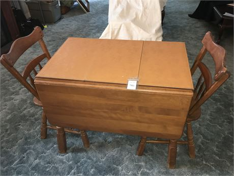 Temple Stuart Mid-Century Colonial Style Drop Leaf Dining Table and Chairs