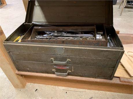 CRAFTSMAN TOOL BOX & HAND TOOLS