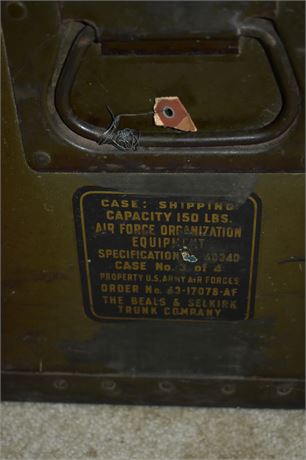 VINTAGE USAF Metal Shipping trunk-150 lb weight capacity