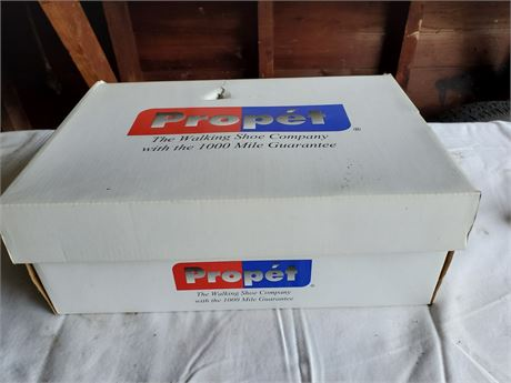 Men's Propet Shoes NIB sz 11.5