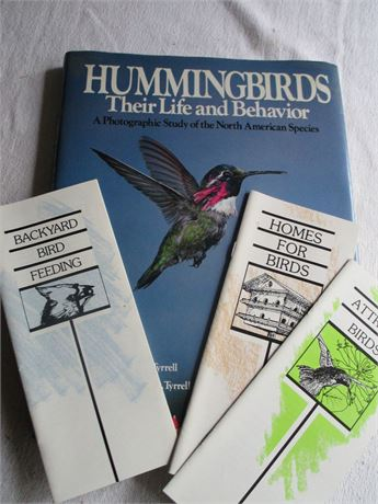 Large Hummingbirds Special Edition Book & Bird Pamphlets