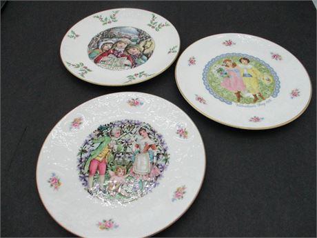 Vtg 3 Pcs Royal Doulton Holiday 1976, 1982 Valentine & 1981 Christmas Plates