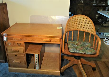 Solid Oak Desk With Matching Office Chair & Plastic Floor Mat