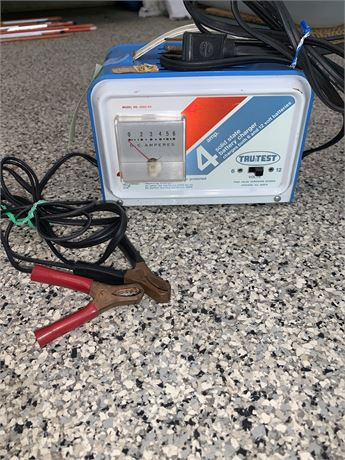 Tru-Test Battery Charger