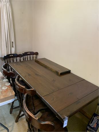 Knotty Pine Trestle Style Kitchen Table and Chairs Set