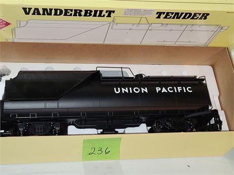 Aristocraft 2-8-2 Mikado #2312 Steam Locomotive & Vanderbilt Tender