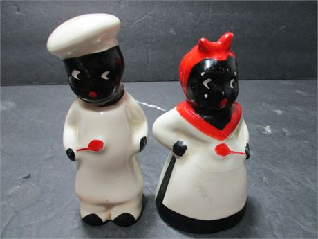 Vintage Ceramic Pair Black Americana Cooking Salt & Pepper Shakers