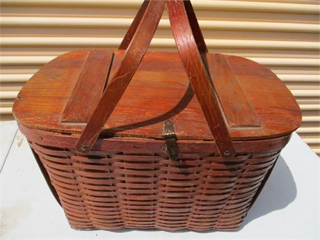 Antique rare Marked Wov N Wood Ceryville Picnic Basket w/ Tray