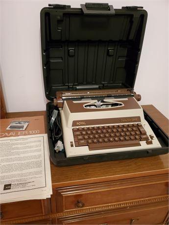 Vintage Royal Cavalier 1000 Typewriter