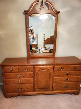 Impressions By Thomasville Oak Dresser w/ Mirror