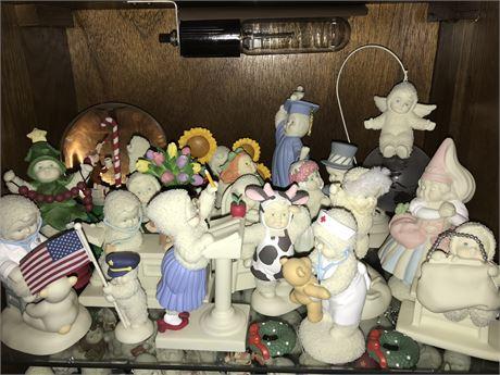 Snowbabies Shelf Lot