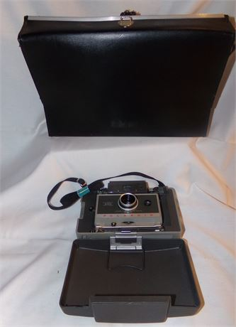 Poloroid Land Camera