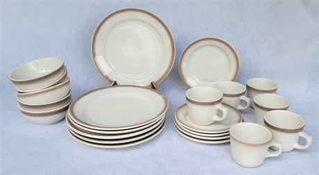 Homer Laughlin Dish Set