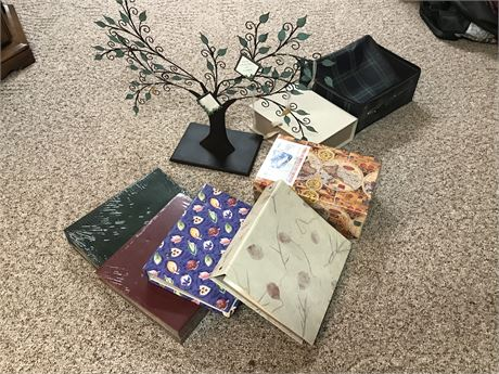 Photo Albums, Photo Keepsake Boxes and Family Tree Picture Holder
