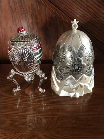 Christmas Themed Egg Shaped Music Boxes (2)