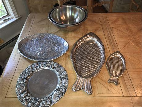 Animal Themed Metal Kitchen Lot - Bunnies and Fish Mixing Bowls