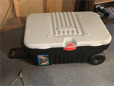 Rubbermaid Action Packer 27 Gallon Bin on Wheels and Contents