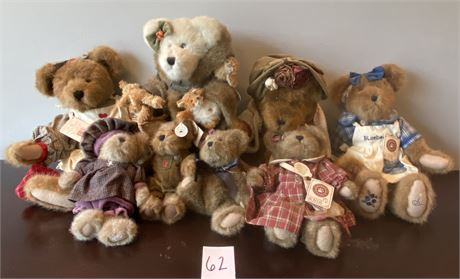 """Collector's Boyds Bears from """"T.J.'s Best Dressed Collection"""""""